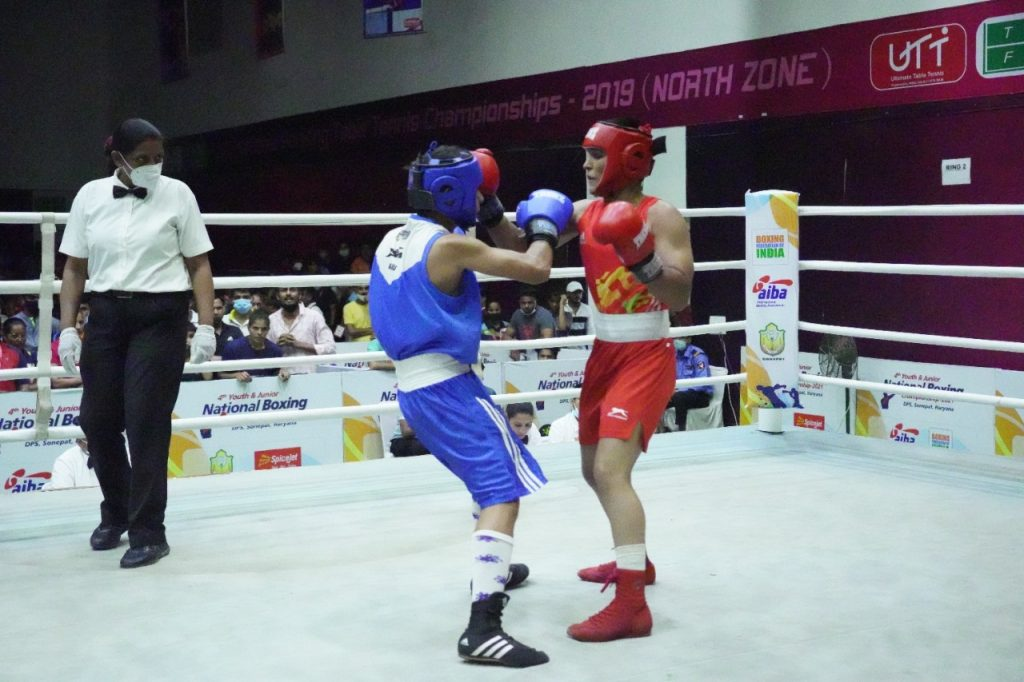 6) Boxers in action during the 5th day of 4th Youth Men's and Women's National Championships at Delhi Public School (DPS) in Sonipat